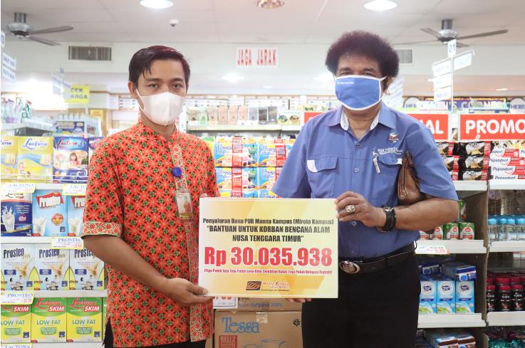 Pelanggan Manna Kampus Bantu Korban Bencana di NTT